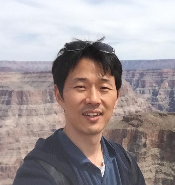 Prof. Choongyu Hwang