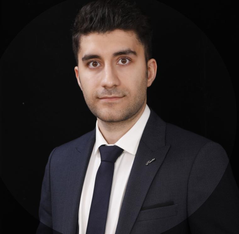 Dr.Navid Bayati